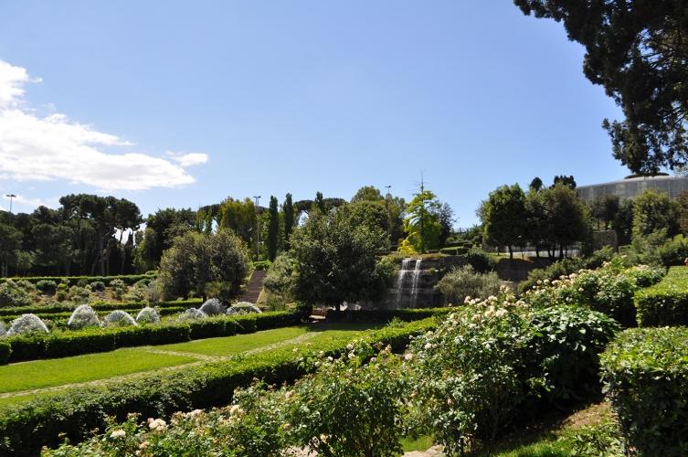 Cascata Da Giardino Moderna : Giardino delle cascate open house roma